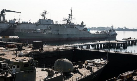Iran's naval forces to receive new combat vessels