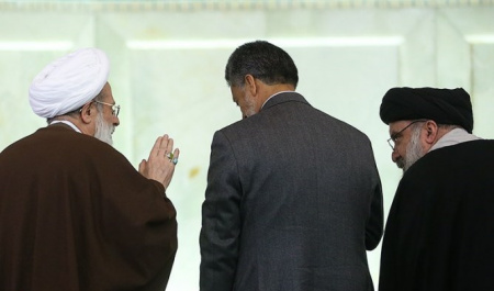 Friday Prayers in Iran: All about elections