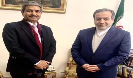 Iran, India discuss bilateral ties